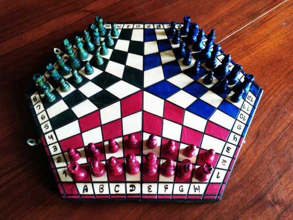 Jeu d'échecs russe pour 3 joueurs