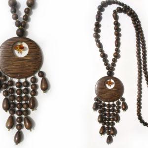 Collier en bois + pierre d'ambre 'amulette' – Oural (AA2-bcba13)