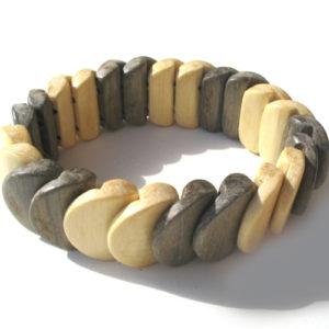 Bracelet en bois, région de l'Oural (AA7-bra116)