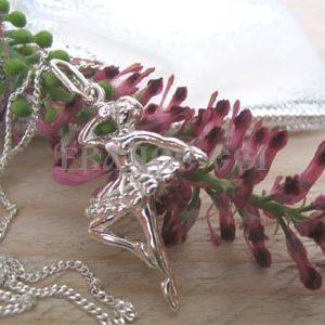 AR0989 Pendentif 'Ballerine de Bolchoi' + chaine offerte