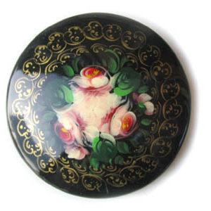 Broche d'artisanat russe en bois – 1027