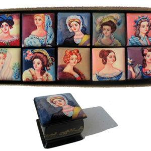 9128a – Collection de boîtes laquées – 10 portrait Femme russe