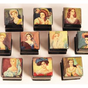 bf913 – Collection de boîtes laquées – 10 portraits Femme russe