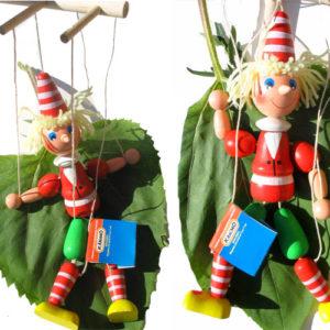 Marionnette russe en bois 'Bouratino'
