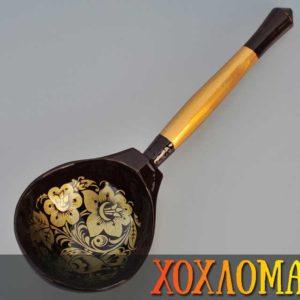 Cuillère russe en bois marron – 19,5 cm