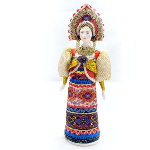Poupée tissus et porcelaine, costume traditionnel russe (010)