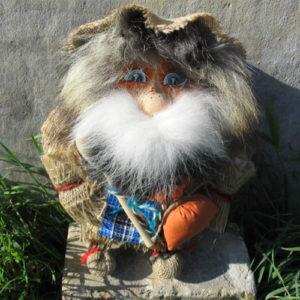 pt52 – Poupée de Gnome russe de Sibérie