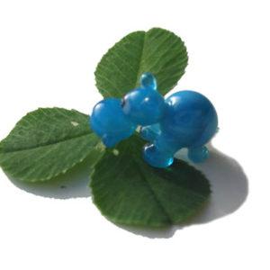 Vr05 – Figurine russe en verre soufflé, L'hippopotame bleu