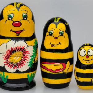 """Matriochka Abeille """"Maya l'abeille"""" 10,5 cm (XO22)"""