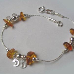 ambb17 – Bracelet chaîne motif 'Le Coq d'Or', en argent et ambre