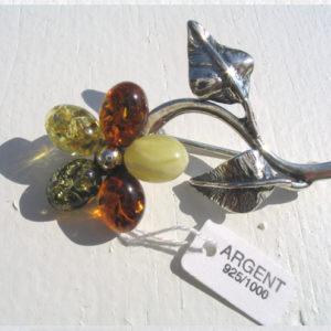 ambr76 – Broche en ambre flamboyant balte 'Poliana russe'