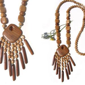 Collier en bois + pierre d'ambre 'amulette' – Oural (AA6-bcba28)
