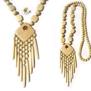 Collier en bois + pierre d'ambre 'amulette' – Oural (AA6-bcba29)