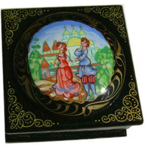 Boîte laquée russe à bijoux 'Amour' (Z17bo0222)