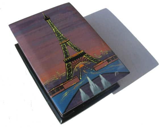 bof04 – Boîte décorée Paris Tour Eiffel (Nuit)