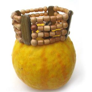 Bracelet en bois, région de l'Oural (AA7-bra111)