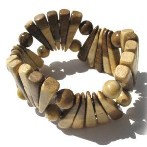 Bracelet en bois, région de l'Oural (AA7-bra113)