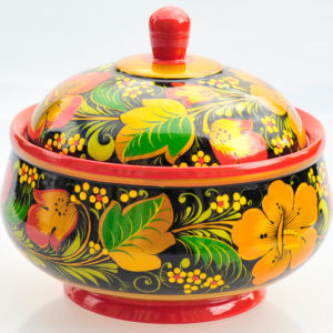 Pot avec couvercle en bois peint de Khokhloma