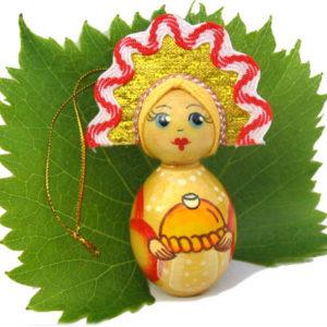 m021c – Figurine poupée russe – pour le sapin de Noël (Pain)