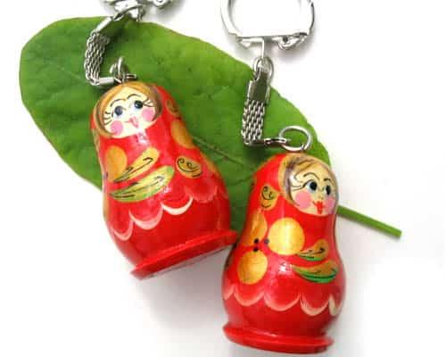 pc10 – Matriochka porte-clé rouge 'Beauté russe'